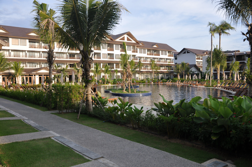 Kamala Beach Resort, egen pool :-)