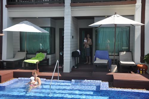 Pool Access, vattnet snubblande nära