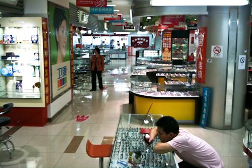 2010-05-16-glasogonmarknad-3